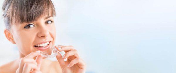 Zahnregulierung mit Aligner-Technik